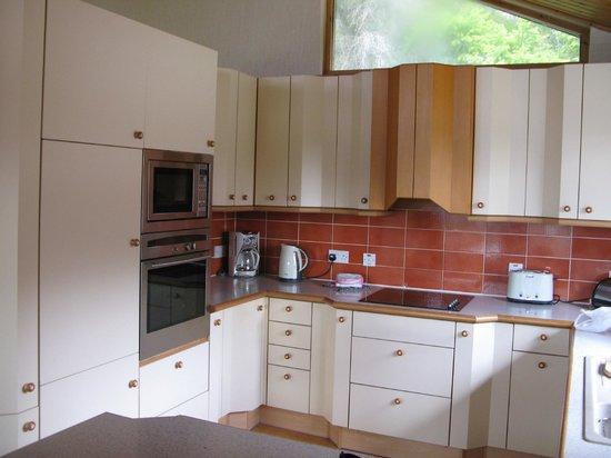 Hilton Grand Vacations Club at Craigendarroch Lodges: Kitchen