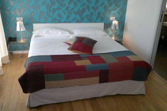 Spluga Hotel: Letto matrimoniale