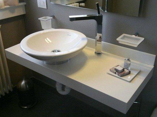 Spluga Hotel: Dettaglio bagno