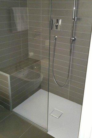 Spluga Hotel: La doccia