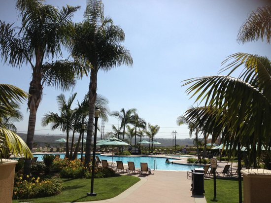 Sheraton Carlsbad Resort and Spa: heated pool, noodles and swim diapers available at no extra charge