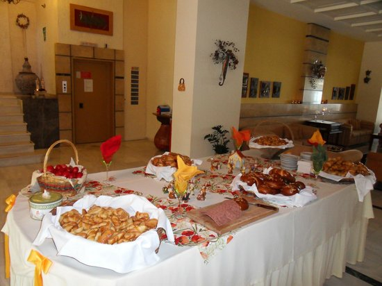 Golden Beach Hotel: Biscuit offerts pour Pâques