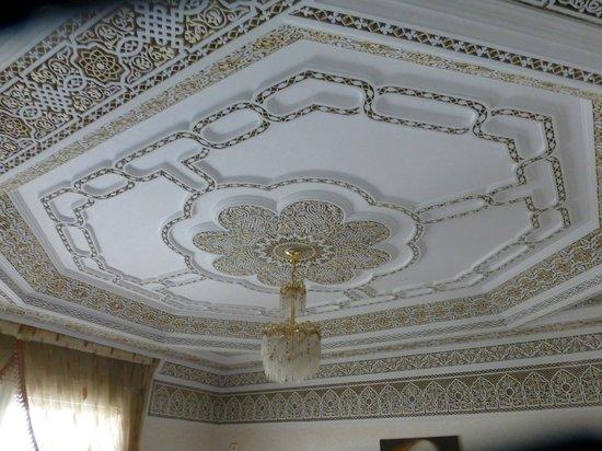 La Porte des Étoiles : plafond decoré