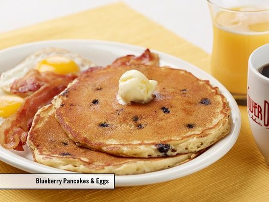 Silver Diner: Blueberry Pancakes & Eggs