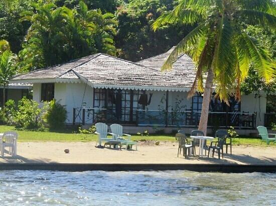 Hotel Atiapiti: VIlla lagon