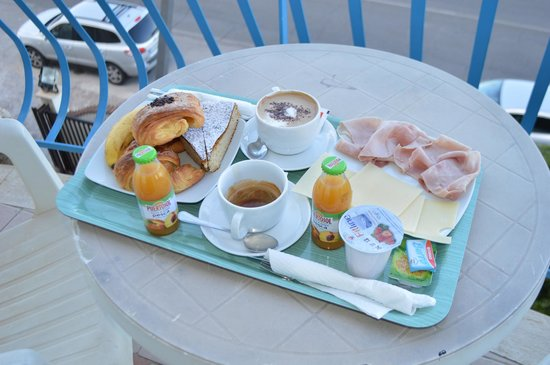 Hotel L'Approdo: Breakfast