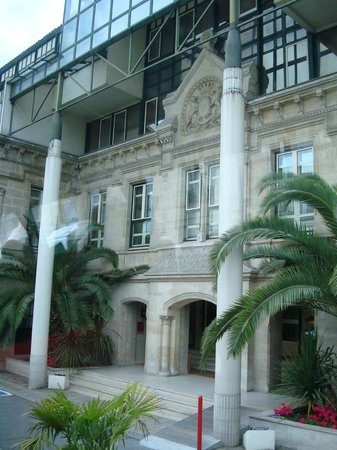 Mercure Bordeaux Chateau Chartrons Hotel: Entrada do Hotel