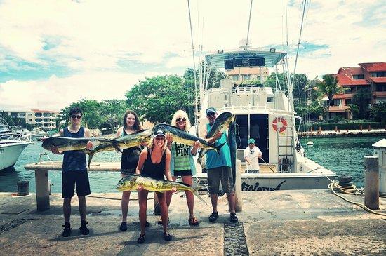 Captain Ricks Sport Fishing: Family fish catch