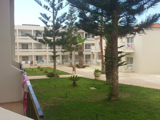 New Famagusta Hotel: из балкона