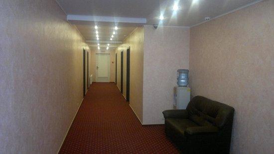 Kaluga Plaza: коридор эконом корпуса