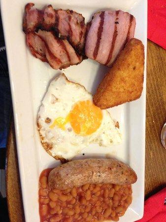 THORPE SHARK Hotel: Full English breakfast upgrade.