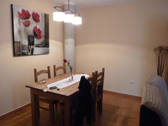 Apartamentos Alameda: Zona comedor de la sala de estar