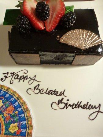 Mandarin Oriental, Kuala Lumpur: Suprise Birthday Cake from Mandarin Oriental