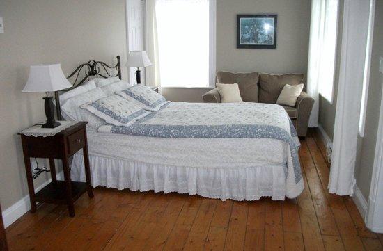 Gite Au Clocheton: La chambre