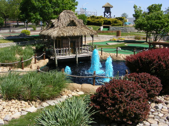 Great Times Family Fun Park: Nice landscaping