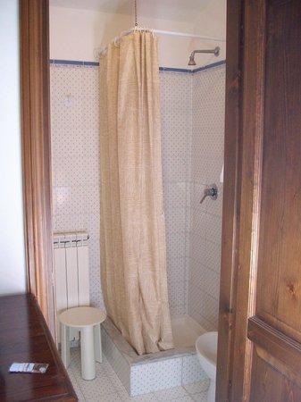 Abbazia dei Collemedio: Particolare doccia