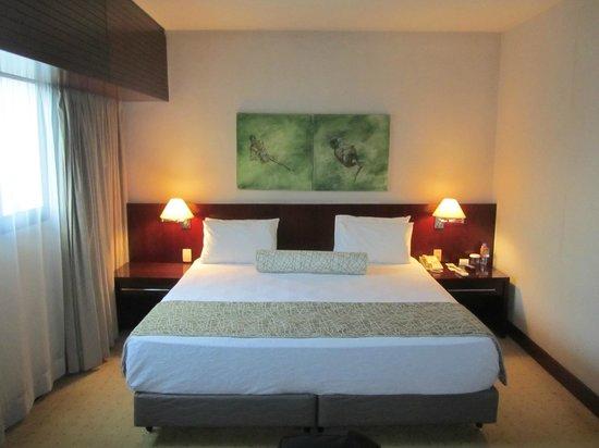 Quality Hotel Berrini: Room