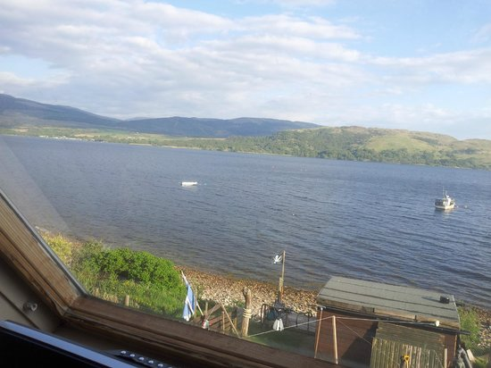 No 15 Bed & Breakfast Furnace: View from bedroom of Loch