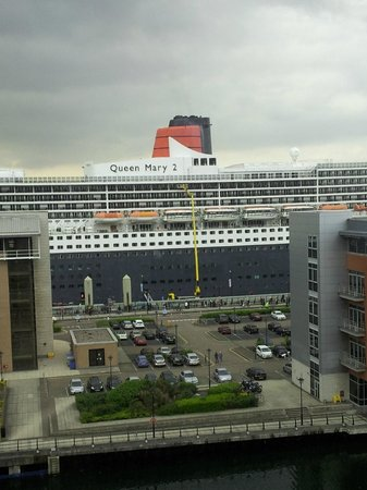 L3 Living - The Merchant Quarters, Liverpool: Queen Mary II