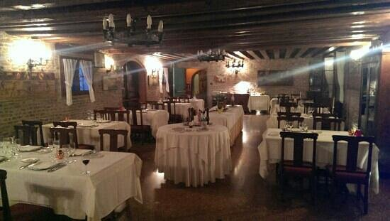 Villa Tacchi: Restaurant