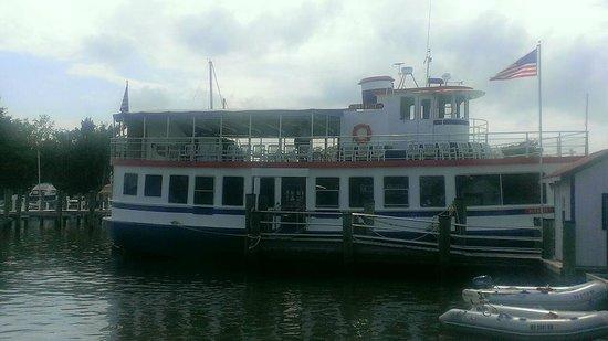 Patriot Cruises: Docked at the Marina