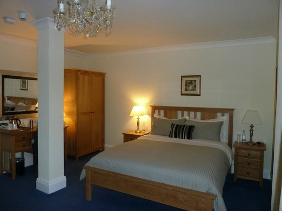 Rhins of Galloway : Sleeping area of the bedroom, doesn't include the sitting area or ensuite.