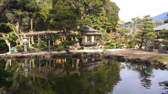 Tenshaen Garden: あずまや