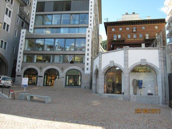 Hotel Steffani: neighberhood