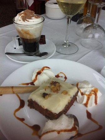 Rufino : My choise, carrotcake!