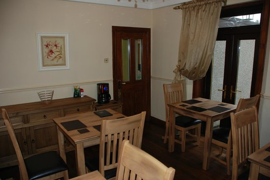 Westview Guest House: Dining Room