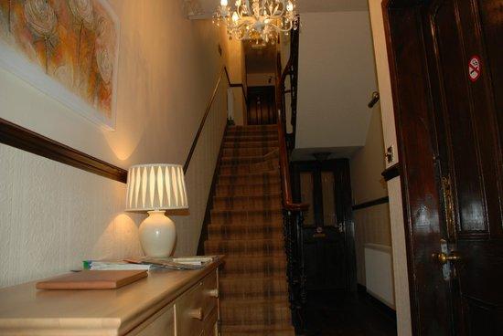 Westview Guest House : Hallway