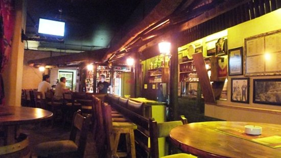 Tauren Steak ranch: Bar Area