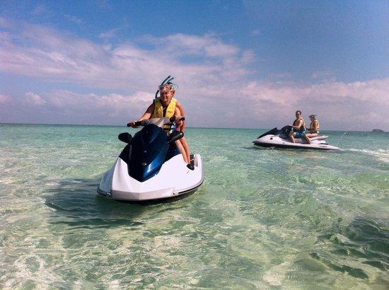 Jet Ski Island Adventures Fiji: Come join us on the beautiful Jet Ski & Snorkel Tour past Cloudbreak to the Sandbar of the Maman