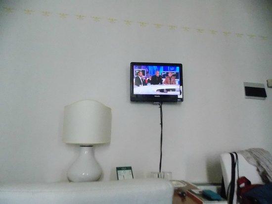 Hotel Gioia: tv al plasma