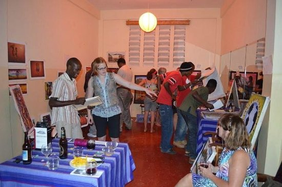 Worlds Collide Africa House : Hard Life Artists art show at the Guest house!