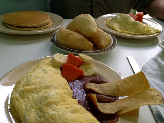Pop's Restaurant : Omelets, fry jacks, and pancakes