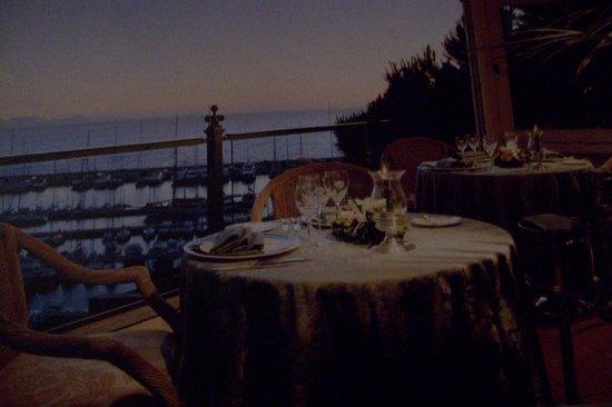 Baglioni Resort Cala del Porto: ristorante sulla terrazza