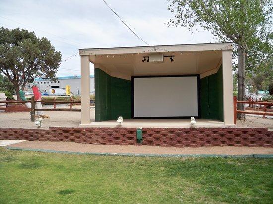 Albuquerque North Bernalillo KOA Campground : Stage where they show movies
