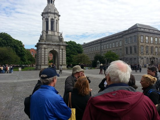 Historical Walking Tours of Dublin : Starting our tour at Trinity College