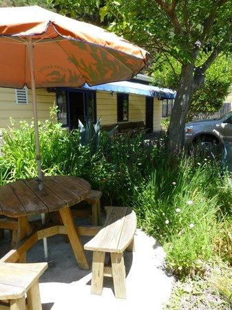 Coffee Bazaar: more patio dining