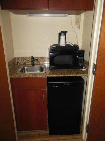 Comfort Suites: Ref, microwave, sink.