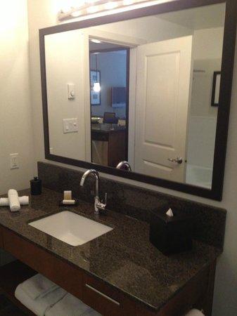 The Oswego Hotel: bathroom