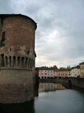 Le Notti in Villa: The castle