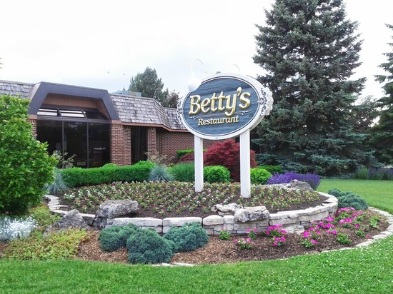 Betty's : The front entrance