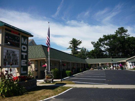 Lamplighter Motel: Lamplighter Motel
