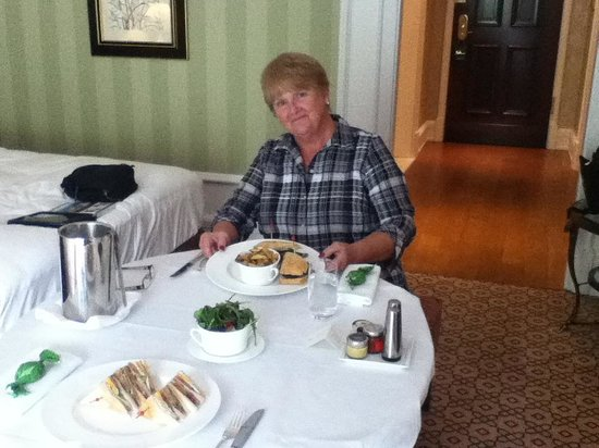 Powerscourt Hotel, Autograph Collection: room service
