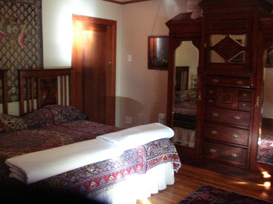 Malans Guest House : Bedroom