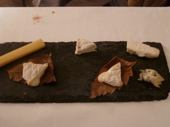 Le Sanglier Paresseux : Assiette de fromages