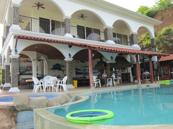Barefoot Vacation Villas: villa from the pool
