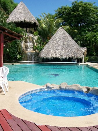 Barefoot Vacation Villas: pool
